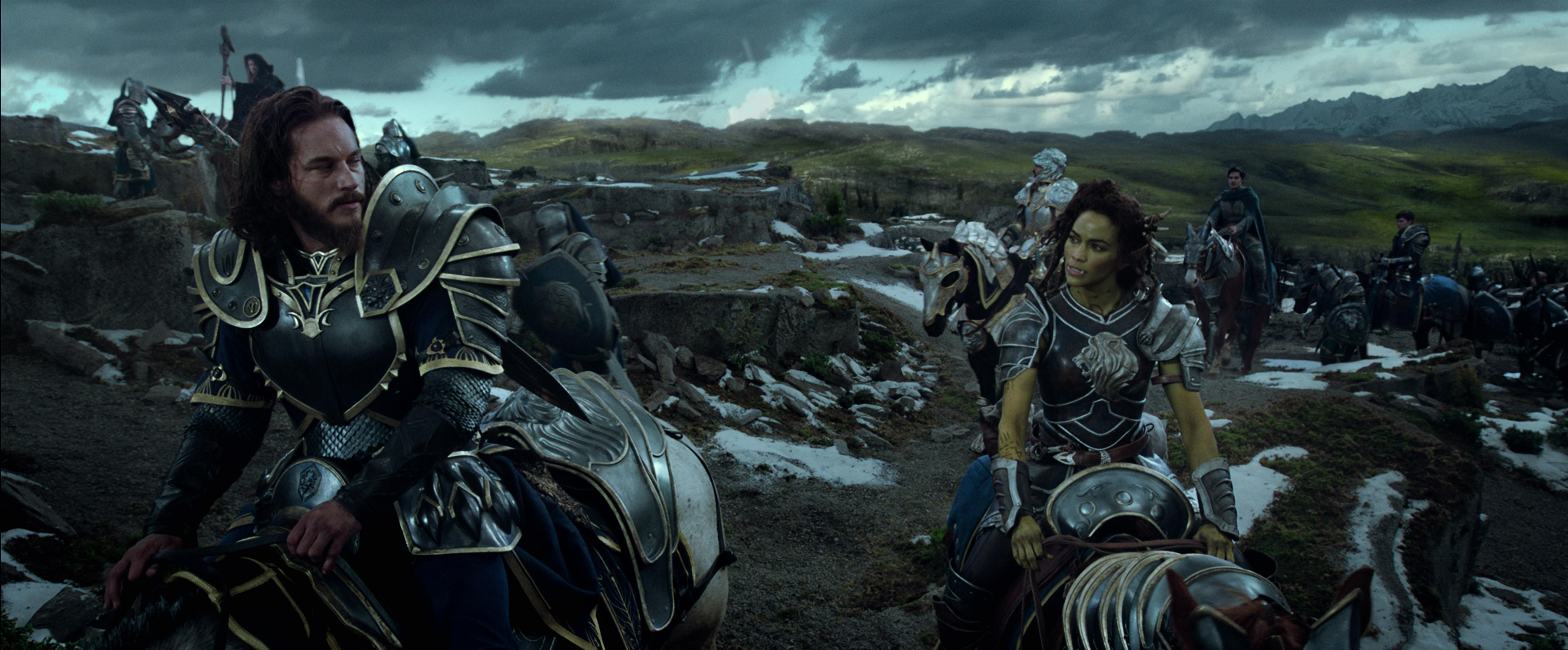 Warcraft nie podbił ani serc krytyków, ani piratów