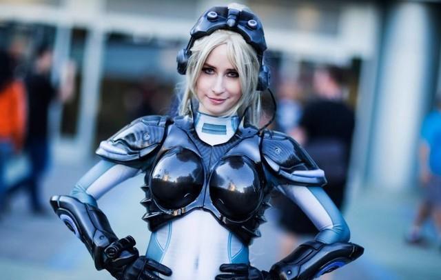 tim-hieu-cach-tao-ra-bo-cosplay-in-mau-3d-tai-blizzcon-2015