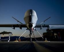 Piloci dronów poszukiwani