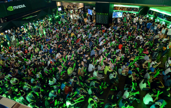 crowdcrowd